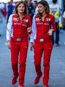 (Da sinistra a destra): Stefania Bocchi, Ferrari Ufficio stampa con Roberta Vallorosi, Ferrari Ufficio stampa