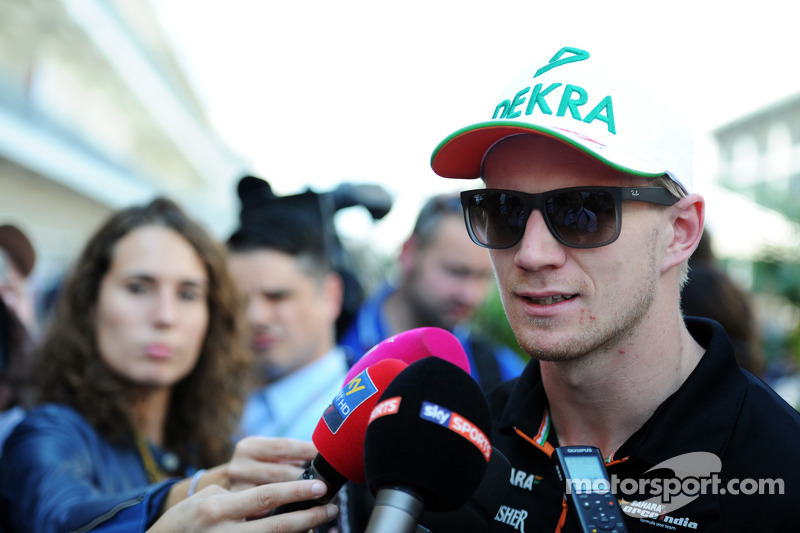 Nico Hulkenberg, Sahara Force India F1 con los medios