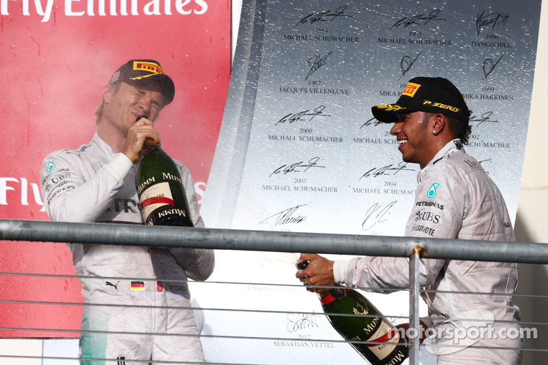 2nd place Nico Rosberg, Mercedes AMG F1 W05 and 1st place Lewis Hamilton, Mercedes AMG F1