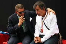 (I a D): Lapo Elkann, gerente de la marca FIAT con Giuseppe Allievi, periodista
