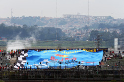 Una larga manta para Red Bull Racing