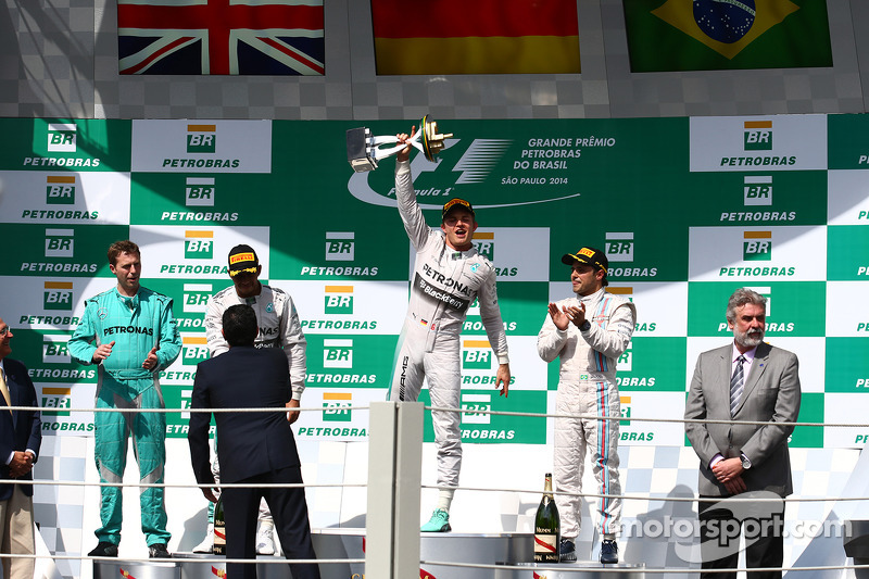1st place Nico Rosberg, Mercedes AMG F1 W05, 2nd place Lewis Hamilton, Mercedes AMG F1 W05 and 3rd place Felipe Massa, Williams