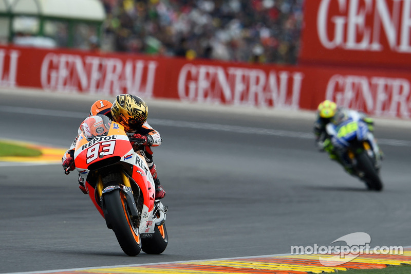 "<img src=""http://cdn-1.motorsport.com/static/custom/car-thumbs/MOTOGP_2017/RIDERS_NUMBERS/Marquez.png"" width=""50"" /> #19 GP de Valence 2014"