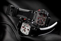 Motorsporlarından ilham alınmış saatler