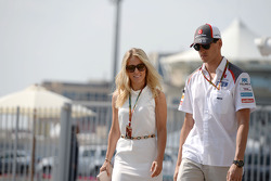 Adrian Sutil, Sauber, mit Freundin Jennifer Becks