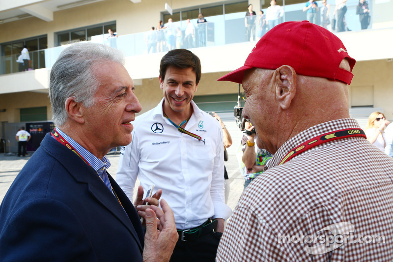 (L to R): Piero Ferrari, Ferrari Vice-President with Toto Wolff, Mercedes AMG F1 Shareholder and Exe