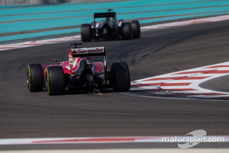 Fernando Alonso, Ferrari F14-T kıvılcımlar saçıyor