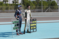 GP3冠军阿莱克斯·林恩和DAMS车队GP2冠军乔利恩·帕尔默