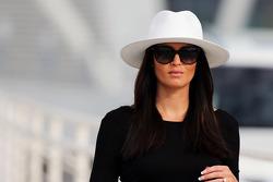 Мінтту Віртанен, подруга Кімі Райкконена, Ferrari, носить обручку