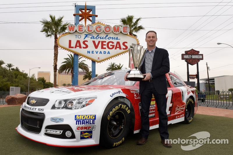 2014 champion Kevin Harvick, Stewart-Haas Racing