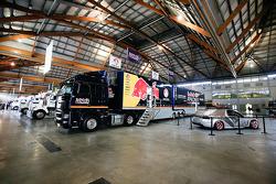 V8 Superautos team haulers