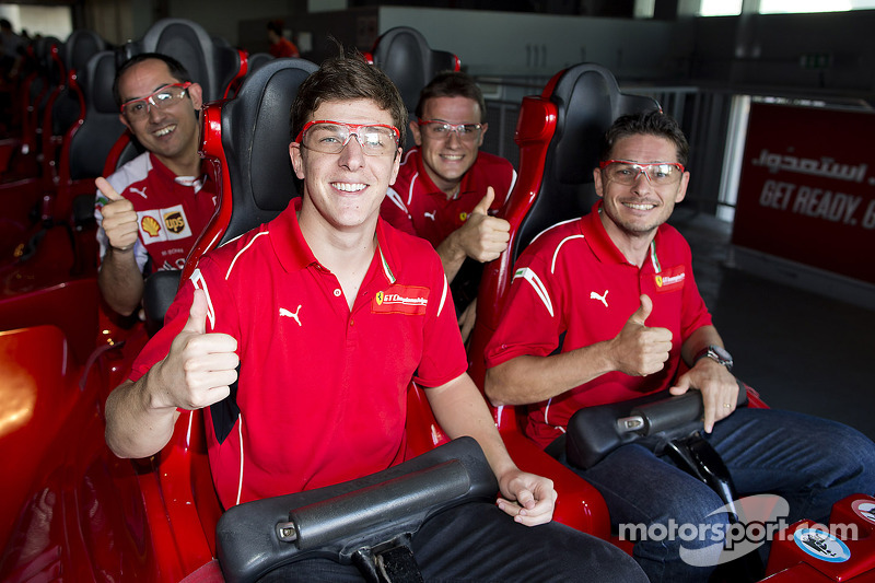 Giancarlo Fisichella, James Calado e Davide Rigon al Ferrari World