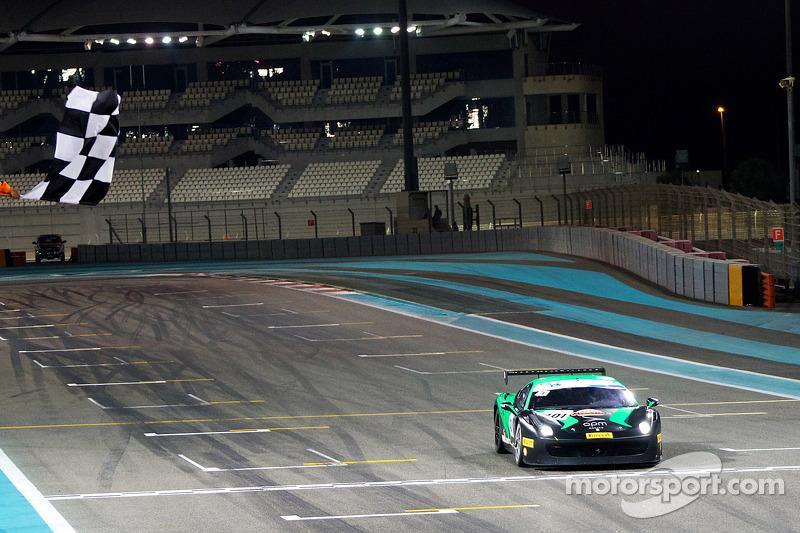 #401 法拉利 458: 马克斯·布兰卡尔迪 获得胜利