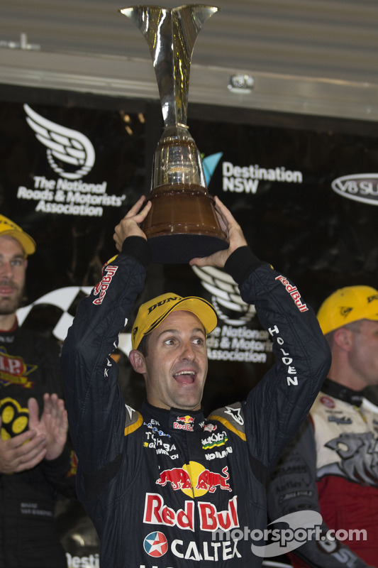 Jamie Whincup, Red Bull Holden, campeão de 2014