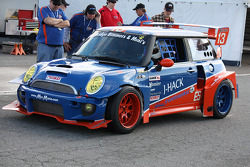 #13 TWINI Endurance Team Mini Cooper S: Donald Racine, Jacques Andres, Tazio Ottis, Tim Wright