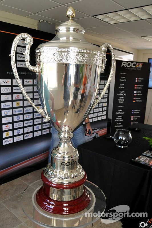El trofeo de Race of Champions