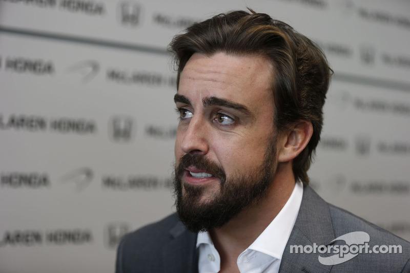 Noviembre de 2014: Alonso firma por McLaren-Honda