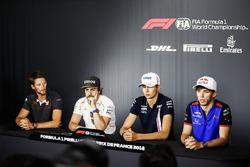 Romain Grosjean, Haas F1 Team, Fernando Alonso, McLaren, Esteban Ocon, Force India, et Pierre Gasly, Toro Rosso, en conférence de presse