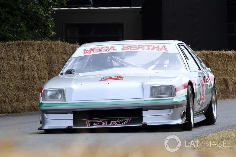 Rick Wood Vauxhall Mega Bertha