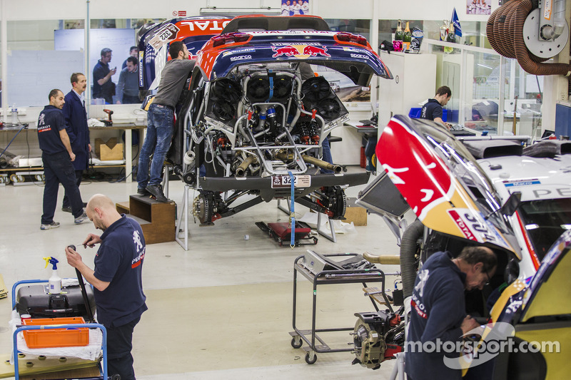 Peugeot 2008 DKR son hazırlıkları