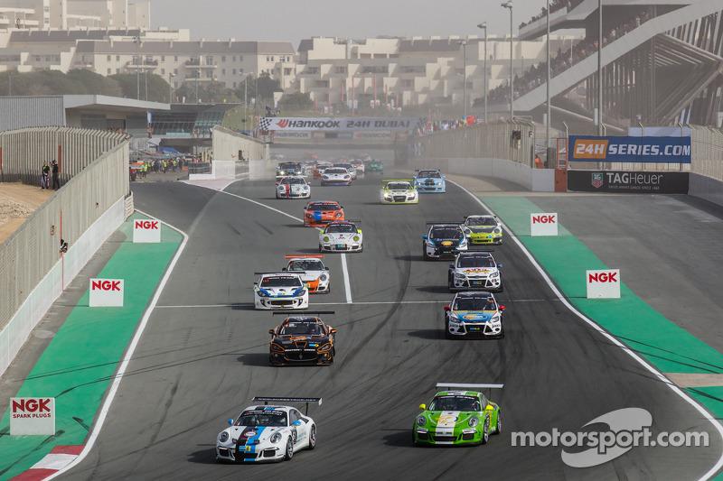 Start: #61 Speedlover, Porsche 991 Cup: Philippe de Craene, John de Wilde, Serge Ludwig und Patrick