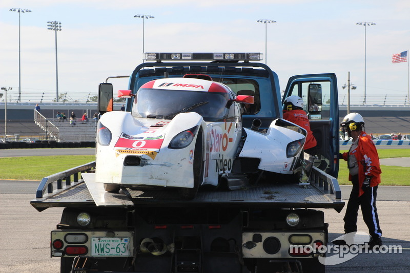 #0 DeltaWing Racing Cars DWC13: Katherine Legge, Memo Rojas, Gabby Chaves na crash