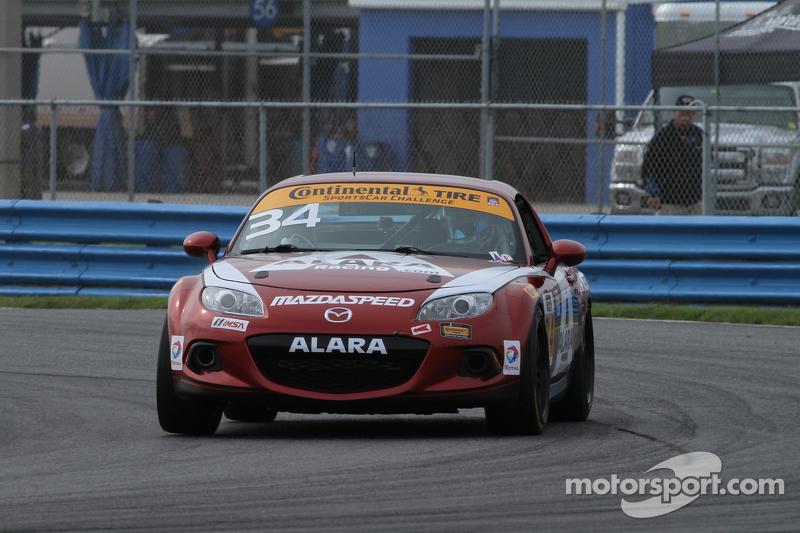 #34 Alara Racing, Mazda MX-5: Christian Szymczak, Devin Jones, Kenton Koch, Randy Pobst