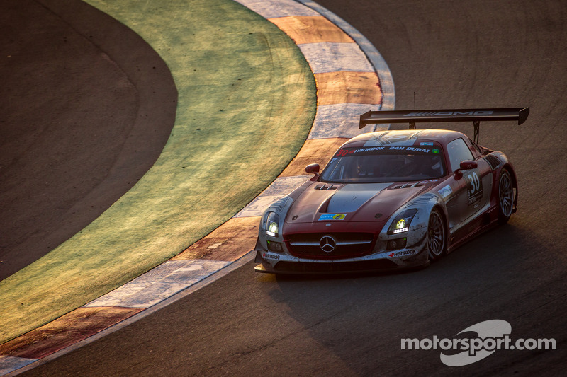 #30 Ram Racing, Mercedes SLS AMG GT3: Cheerag Arya, Thomas Jäger, Tom Onslow-Cole, Adam Christodoulou