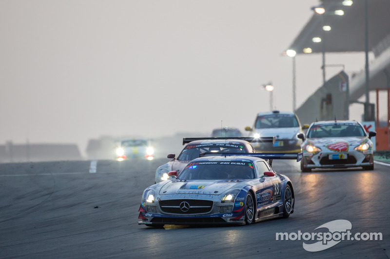 #33 SPS automotive-performance, Mercedes SLS AMG GT3: Valentin Pierburg, Lance David Arnold, Patrick