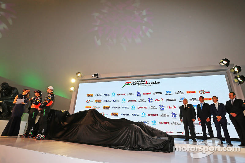 (da sinistra a destra): Sergio Perez, Sahara Force India F1 e Nico Hulkenberg, Sahara Force India F1