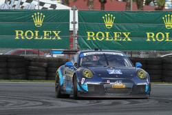 #23 Team Seattle/Alex Job Racing, Porsche 911 GT America: Ian James, Mario Farnbacher, Alex Riberas