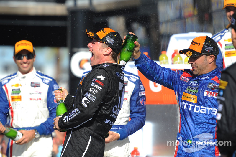 Podium: 1. Jamie McMurray, Tony Kanaan; Chip Ganassi Racing