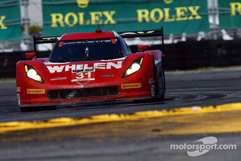 #31 Action Express Racing Corvette DP: Eric Curran, Dane Cameron, Max Papis