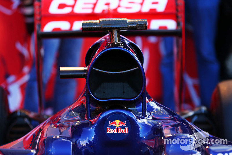 Scuderia Toro Rosso STR10, Motorhaube, Detail