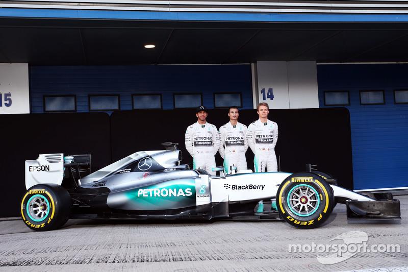 2015: Mercedes F1 W06 Hybrid