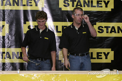 Evernham Motorsports press conference: Kasey Kahne and Jeremy Mayfield at a nail hitting contest