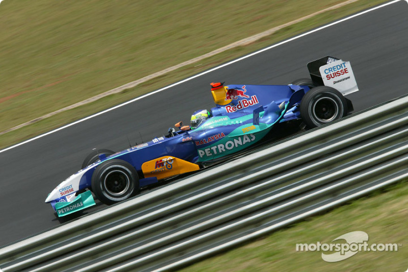 2004: Sauber-Petronas C23