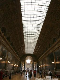 Visit of the Château de Versailles: the Battle Gallery