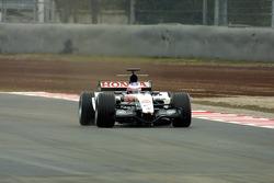 Jenson Button tests the new BAR Honda 007