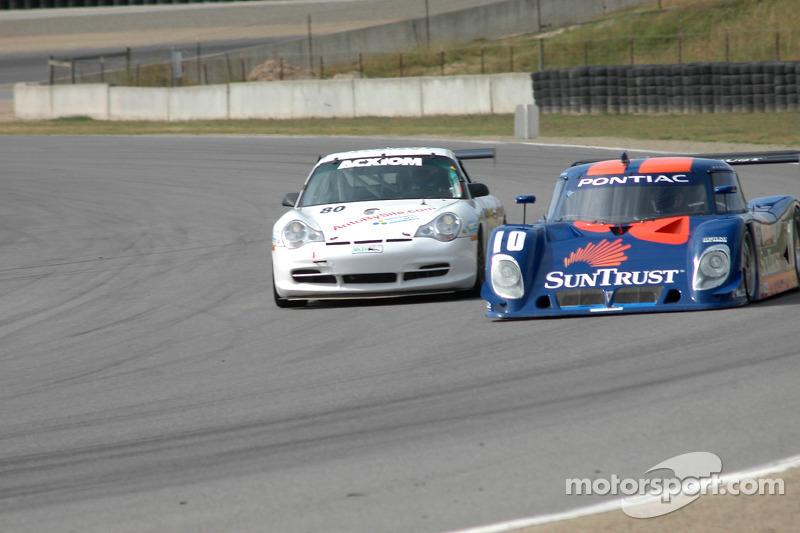 #10 SunTrust Racing Pontiac Riley: Wayne Taylor, Max Angelelli, #80 Synergy Racing Porsche GT3 Cup: