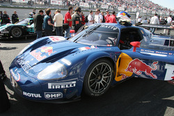 #16 JMB Racing Maserati MC 12 GT1