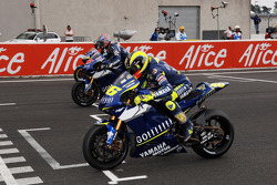 Start: Valentino Rossi and Colin Edwards