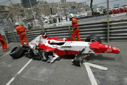 The wrecked Toyota of Ralf Schumacher