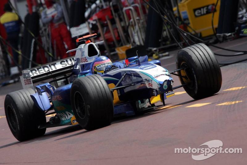 Jacques Villeneuve en pitlane