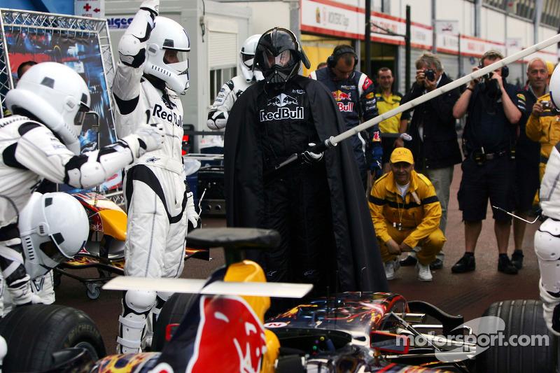 Práctica de una para en pits de Red Bull Racing