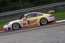 #86 Noble Group-Gruppe M Racing Porsche 911 GT3 RSR: Matthew Marsh, Darryl O'Young