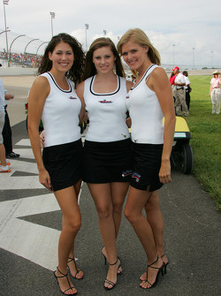 The charming Nashville Superspeedway pit crew
