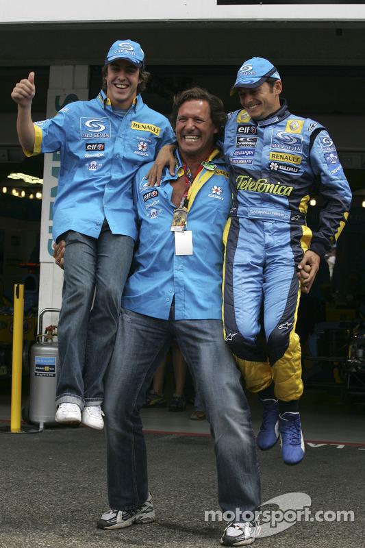 Fernando Alonso y Giancarlo Fisichella con el actor Ralf Möller