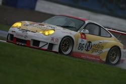 #86 Noble Group-Gruppe Racing Porsche 911 GT3 RSR: Matthew Marsh, Darryl O'Young