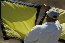 Yellow flags mid-race